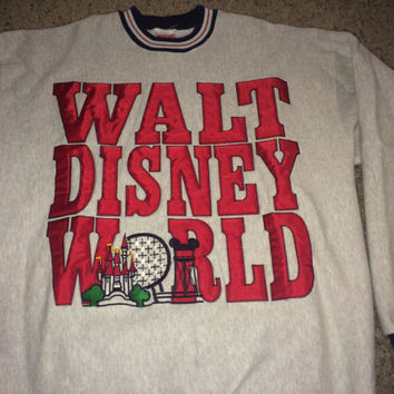 Sale!! Vintage 1990s WALT DISNEY WORLD Sweaters retro pullovers Made in UsA