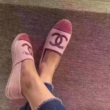 '' CHANEL '' Are all-match comfortable flat shoes