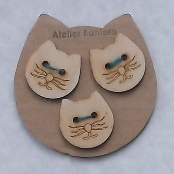 Set of 3 Cat Face Wooden Buttons, 3 cm Diameter, Lasercut