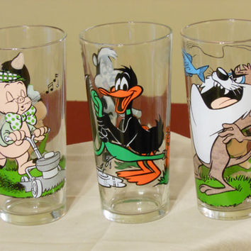 Warner Brothers Looney Tunes Action Glasses Pepsi Collector Series (1976)
