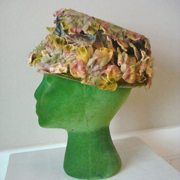 50s Vintage Hat / Velvet Floral Hat / 1950s 1960s Fancy Hat / Fall Hat