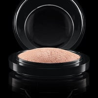 M·A·C Cosmetics | Products > Powder > Mineralize Skinfinish