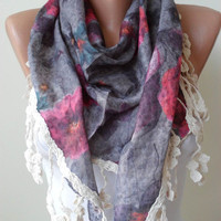 BeigePink and Grey Flowered Triangle Shawl with by SwedishShop