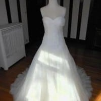 Sleeveless Ivory Wedding Dress with Pleated Lace Bodice Spring Bridal Dress Gown