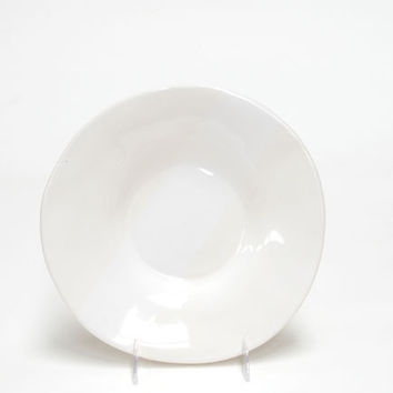 Oversize in White Round Side Ceramic Plate