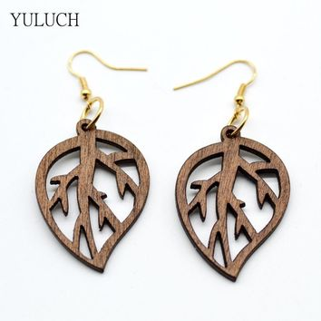 Good Quality Woman Earrings African Wood Earrings Jewelry New Design Pattern Leaf Girls Personality Hollow Latest 1 Pair