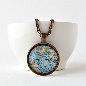Vancouver Map Necklace / Canada Necklace / Map Pendant Necklace / Christmas Gift for Her / Gifts for Mom / Stocking Stuffers for Women