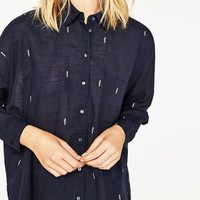 OVERSIZED EMBROIDERED SHIRT DETAILS