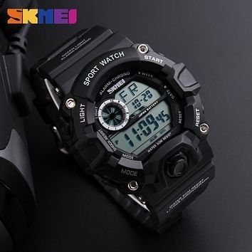 Men Sports Watches Camouflage Military Watches Waterproof LED Digital Wristwatches