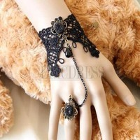 $ 17.39 Charming Vintage Lace Bracelet with Ring