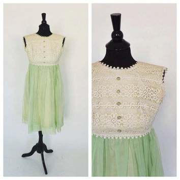 Vintage 1960s Pale Green Ivory Crochet Lace Gown Party Dress Chiffon Cocktail Tea Dress Bridesmaid Gown Mad Men Babydoll Dress Size Small