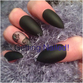 Black matte nails, floral nails, rose nails, night out nails, party nails, occassion nails, gothic nails, elegant nails, evening nails.