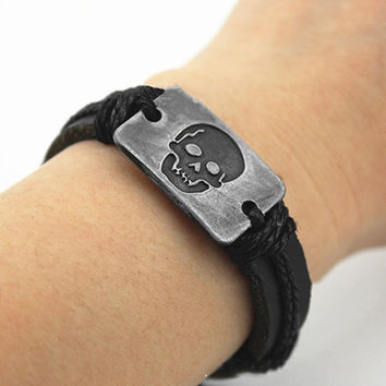 Men's Vintage Punk Skull Pattern Handmade Woven Faux Leather Bracelet Jewelry New Arrival