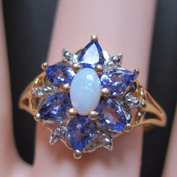 10K Yellow Gold Amethyst Opal Ring Size 7