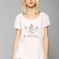 adidas X UO Rose Logo Tee - Urban Outfitters