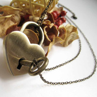 Antique Brass Useable Heart Lock with Key Pendant Necklace (Include Two Chains for Lock and Key)