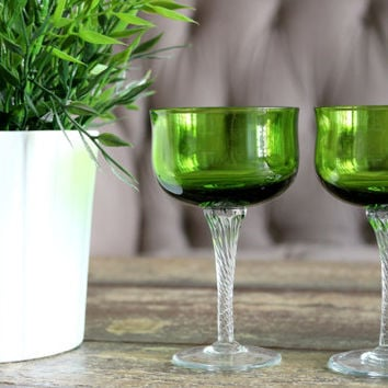 Set Of 5 Vintage Green Champage Glasses / Footed Swirl Glasses // Housewarming Gifts // Barware // Bridal Gifts // Cherry Glasses