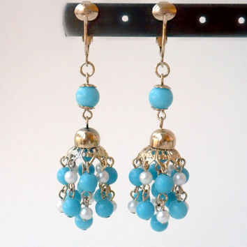 Cluster Dangle Earrings, Cornflower Blue Earring, Blue Chandelier Clip On Earrings, Sky Blue Earring, Turquoise Blue Earring, Beaded Jewelry