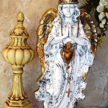 Shabby Chic Angel Santos Crown French Nordic Religious Statuary Angel Wings Heart Milagro Chateau Chic