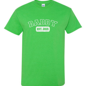 Daddy Established 2015 unisex T Shirt with distressed design