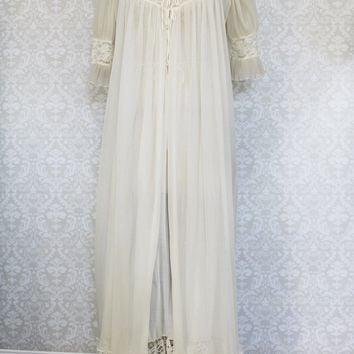 Vintage 1950s Lace Maxi Nightgown + Robe Set