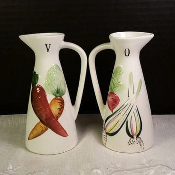 Del Coronado Nasco Oil & Vinegar Cruets Vintage 1950's Kitchenware Made in Japan Carrots Onions Vegetable Decorated Ceramic Cruets Kitschy
