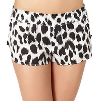 Betsey Johnson Cozy Lawn Shorts