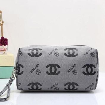 PEAPJ1A Chanel Stylish Women Logo Print Zipper Wallet Purse Cosmetic Bag Grey I
