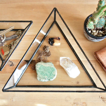 Medium Triangle Dish / Ring Dish / catchall / ring holder / jewelry box / incense holder / smudging tray / air plant container / organizer