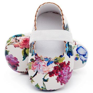 Hot sell floral style soft sole pu leather baby girls dress princess shoes baby moccasins mary jane shoes first walkers