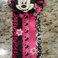 Minnie Mouse baby shower birthday corsage mum valentine favor