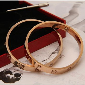 Cartier Fashion Jewelry Women Men Lover Couple Ring Best Gift Bracelet Necklace Sweater Chain