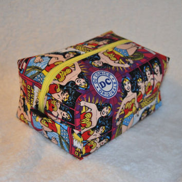 Wonder Woman Cosmetics Bag