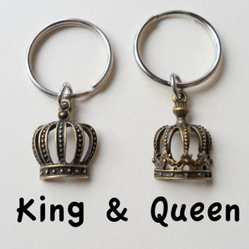Couple Keychain Set, King & Queen Crown Key Ring Set, Husband Wife, Girlfriend Boyfriend Gift, Fairytale, Bronze 8 year Anniversary Gift