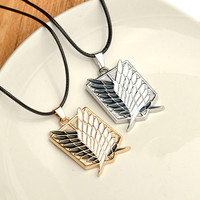 Attack on Titan New Cartoon Anime 2 Color Attack on Titan investigation Corps flag wing necklace cool metal necklace men jewelry
