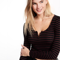 V-Wire Notch Neckline Long Sleeve Tee