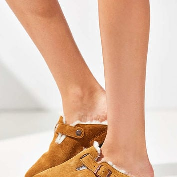 Birkenstock Shearling Boston Clog - Urban Outfitters