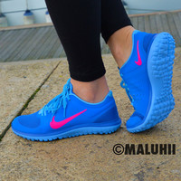 Maluhii Electric Blue Nike Running With Neon Pink Tick