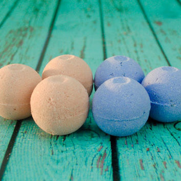 Floral Scented Mini Bath Bomb Set - Rose and Lavender Scented - 6PC