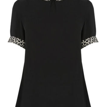 ANIMAL COLLAR PRINT TOP