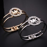 MK Michael Kors Classic Trending Women Men Fashion Bracelet Simple Diamond Couple Bracelet