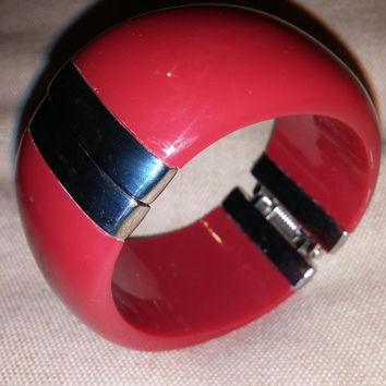 Stunning Vintage Red and Silver Metal Cuff Lucite Bracelet circa 1950s.- Free Shipping