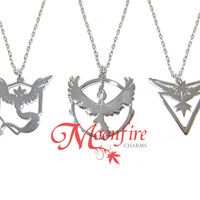 POKEMON GO Team Mystic/Valor/Instinct Silver Logo Pendant Necklace