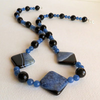 Agate and  Onyx Necklace with Sterling Silver Clasp, Statteam