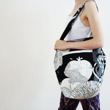 White Black Canvas Tote Fruit Flower Vine Vegetal Dye Organic Eco-friendly Sustainable Cotton back to school bag lined pockets PERSEPHONE