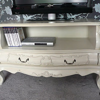 TV Cabinet - in ivory - Melody Maison