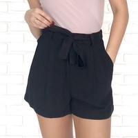 Daytime Date Shorts In Black