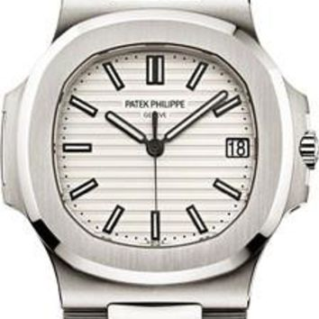 Patek Philippe - Nautilus Mens - Stainless Steel - 40 mm