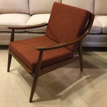Delightful Vintage Mid Century Modern Danish Style Lounge Arm Chair