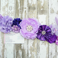 Purple Maternity Sash, Gender Reveal, It's a Girl, Photo Prop, Belly Band, Bridal Sash, Purple Flower Sash, Baby Prop, Maternity Pics